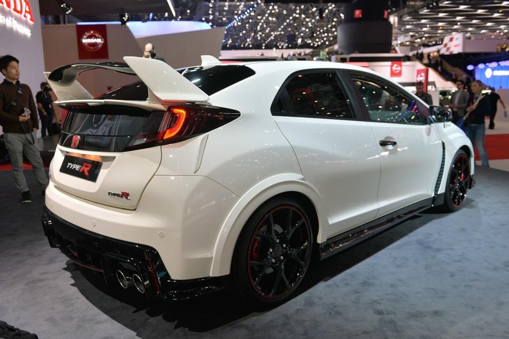 Otomobilport.com.tr.Yeni-Honda-Civic-Type-R-2016-04