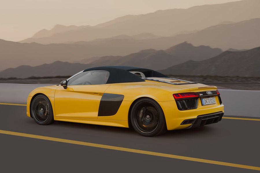 Otomobilport.com.tr.Audi-R8-Spyder.4