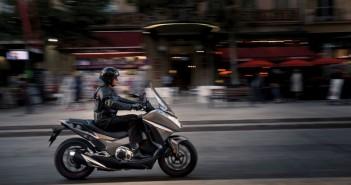 Otomobilport.com.tr.Honda_Integra_Scooter_16YM_Dynamic_028