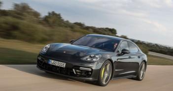 Otomobilport.com.tr.Porsche-Panamera-Turbo-S-E-Hybrid.5
