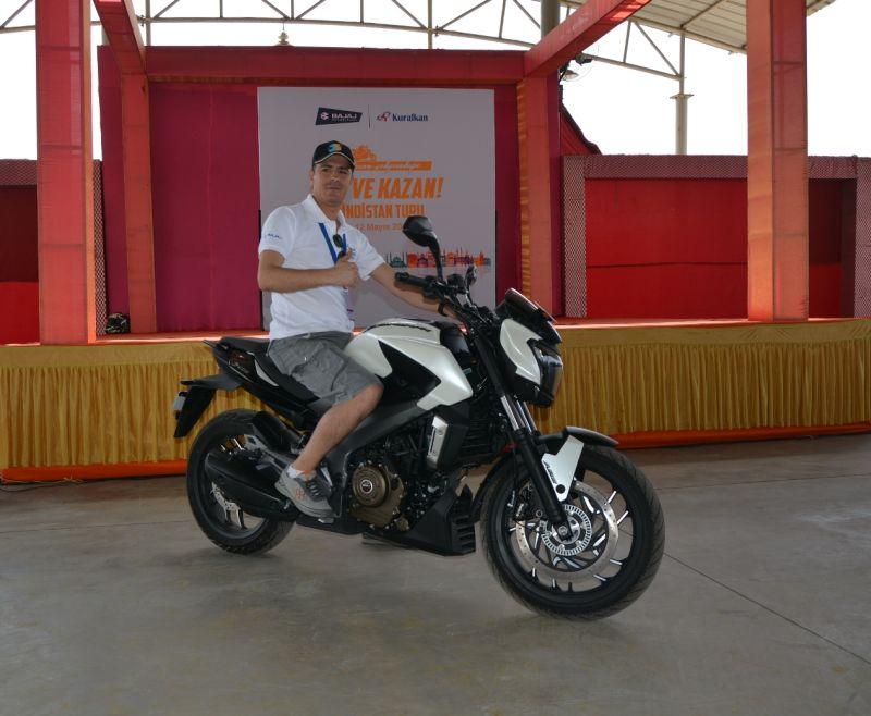Otomobilport.com.tr.Bajaj-SurKazan-Hindistan.3