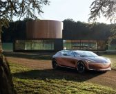 Renault'dan iki dünya tanıtımı
