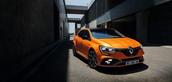 Renault'nun sporcuları yenilendi